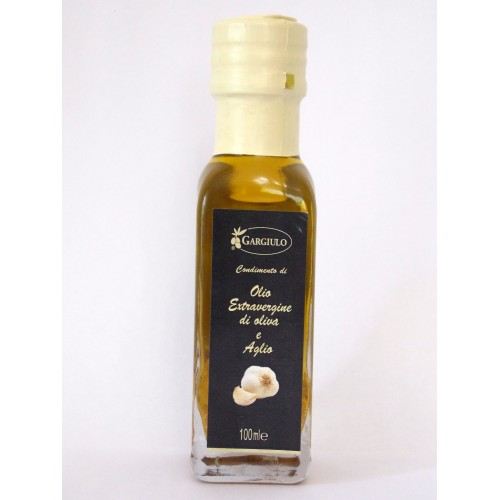 Extra virgin olive oil flavoured with garlic