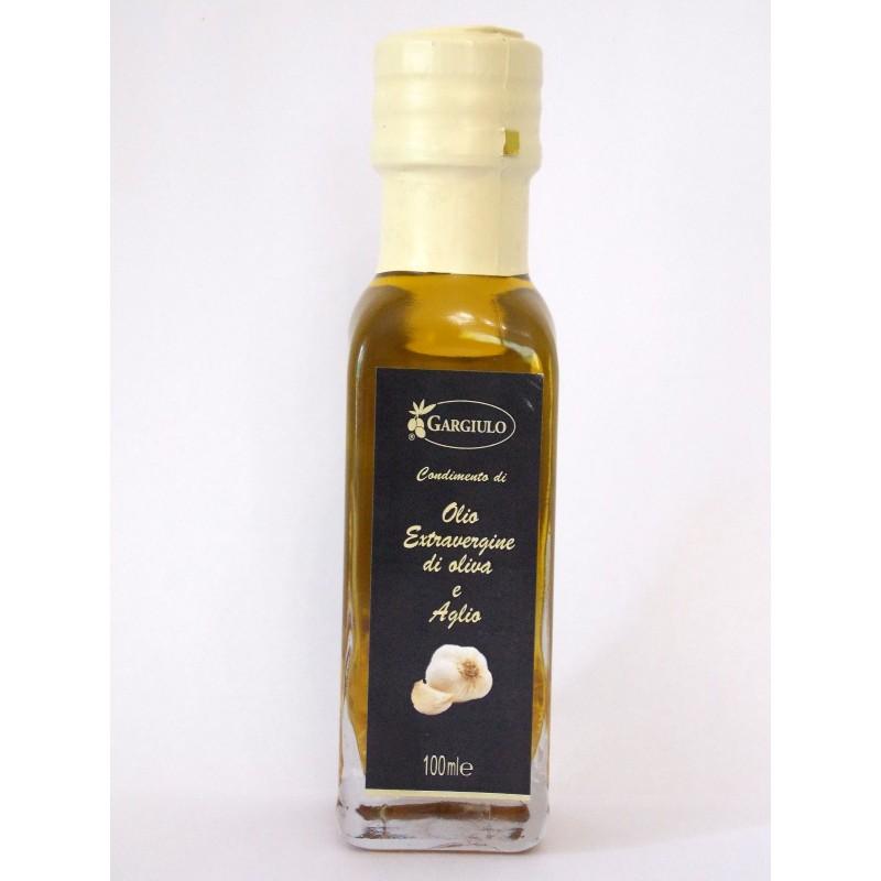 Olio extra vergine d' oliva aromatizzato all' aglio
