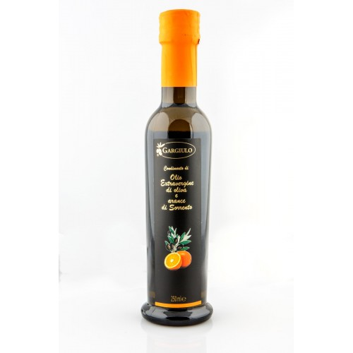 extra vergin olive oil with oranges of Sorrento